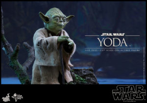 Hot Toys - Star Wars EpV - Yoda Collectible Figure_PR4
