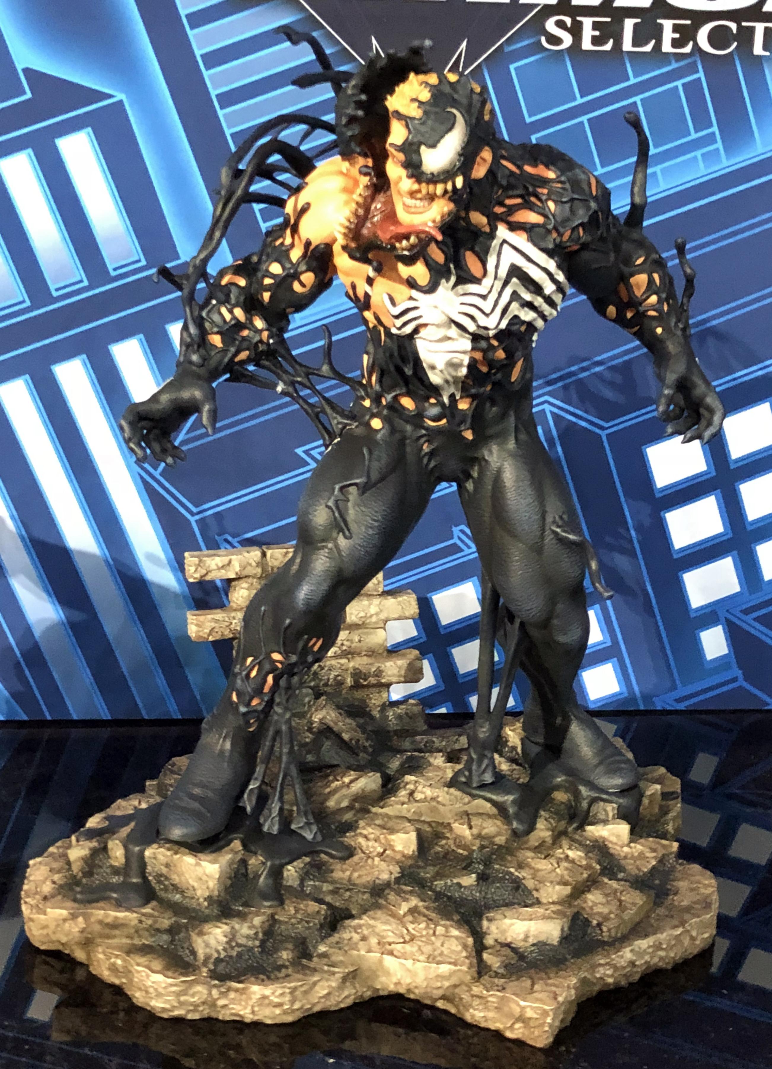 2018 Toy Fair Diamond Select Statues Venom 01 Venganza Media Gazette
